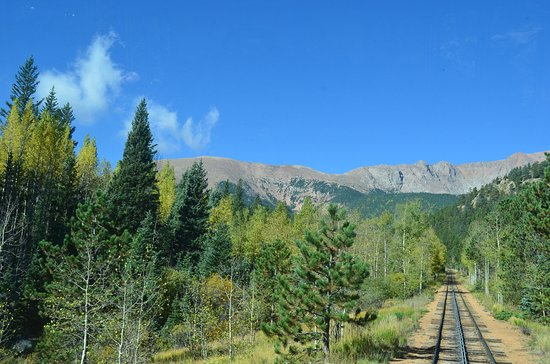 Manitou Springs, CO: Pikes Peak Cog Railway: going to the summit