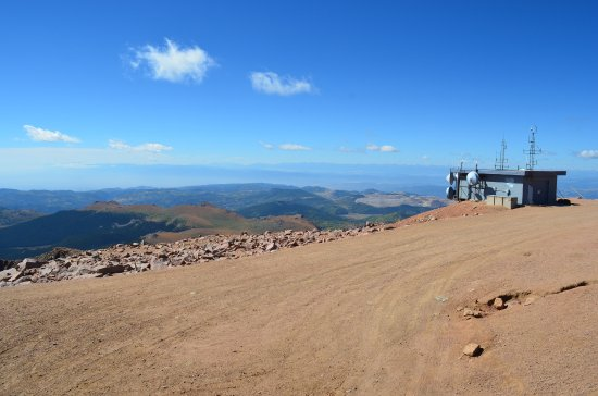 Manitou Springs, CO: Pikes Peak Summit: looking towards Continental Divide