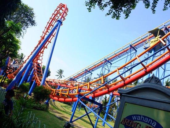Ancol Dreamland: The Roller coaster