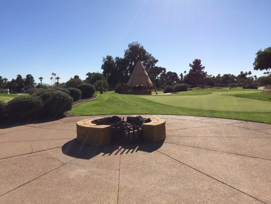 Litchfield Park, AZ: The Wigwam & Fire Pit