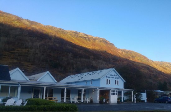Clachan, UK: With the lovely mountain in the back, during sunset