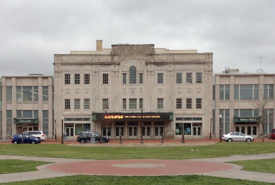 Wausau, WI: The Grand Theater