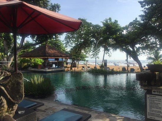 Besakih Beach Hotel: photo1.jpg