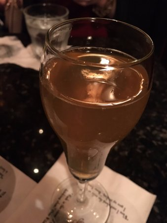 Arnaud's Restaurant / French 75 Bar: Elixir of Delight- French 75 in a SpeakEasy Coupe