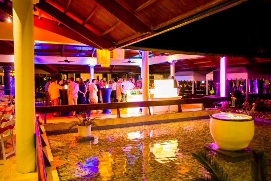 The Reserve at Paradisus Palma Real: Área de festas de um dos restaurantes,