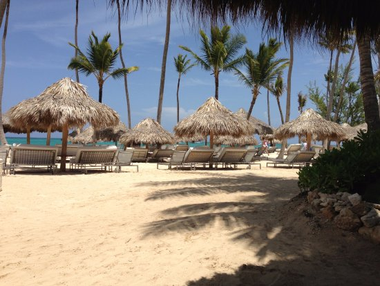 The Reserve at Paradisus Palma Real: Vista logo que se chega a praia. Atenção: o The Reseve fica a uns 8 minutos caminhando da praia.