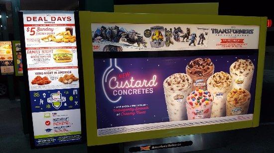 Santee, Kalifornia: Custard Concrete Desserts