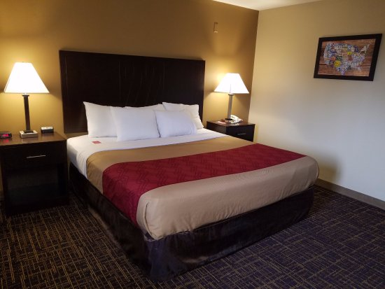 Cle Elum, WA: KING SIZE  BEDROOM