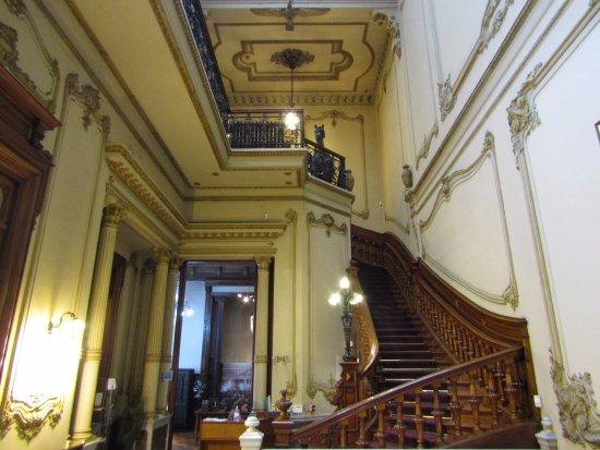Museos del Gaucho y de La Moneda
