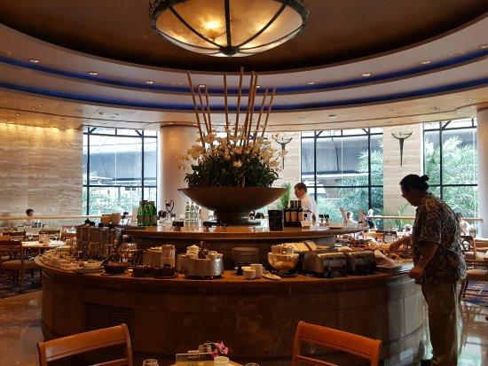Sheraton Grande Sukhumvit, a Luxury Collection Hotel: Breakfast