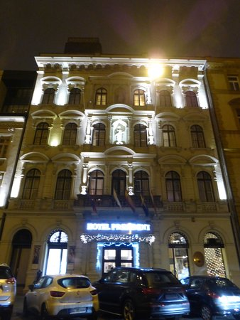 December Stay in Budapest