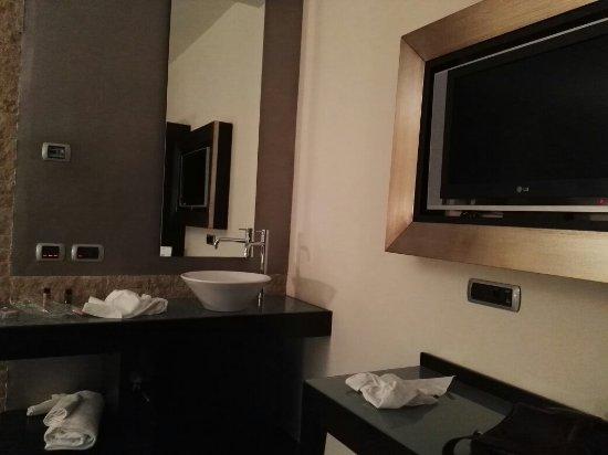 Hotel La Lucertola: IMG_20171118_232318_large.jpg