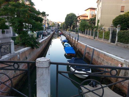 Lido di Venezia, Italia: 24.08.17.Утро последнего дня 7.00. Улочки Лидо