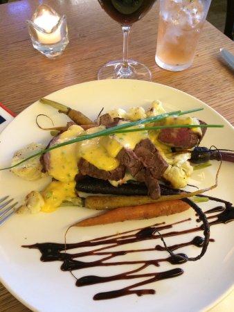 Kew, Australia: Fillet steak and roasted spring veg