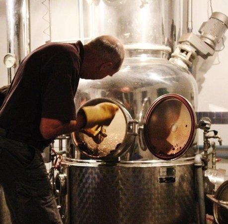 McGregor, Νότια Αφρική: Busy Distilling