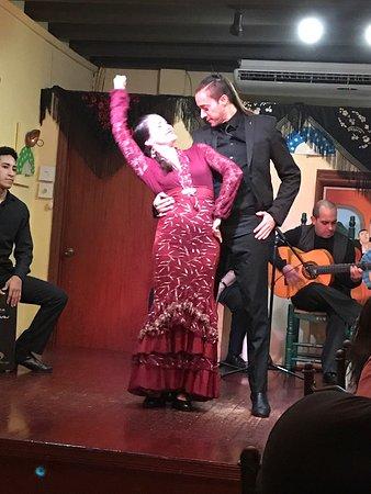 Barrachina Restaurant: Great family entertainment