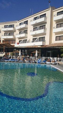 Paphos Gardens Holiday Resort: 20171109_144538_large.jpg