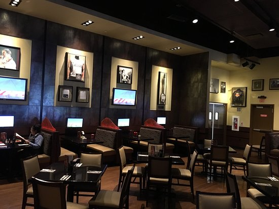 Hard Rock Cafe: photo1.jpg