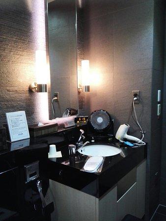 Barclay Hotel: IMG_20171116_182008_large.jpg