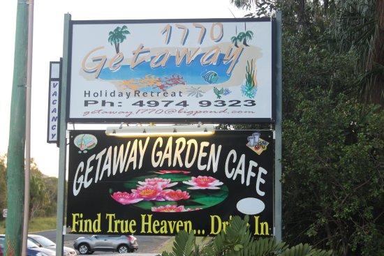 1770 Getaway: vista del cartel en el aparcamiento