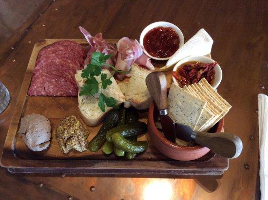 Bothwell, Australia: shared platter