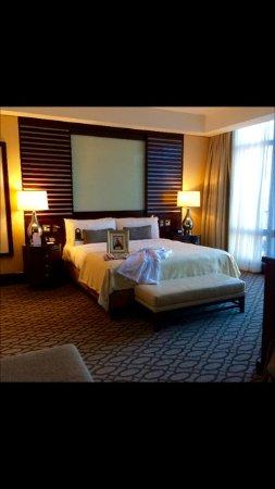 InterContinental Boston: Ambassador Suite bedroom