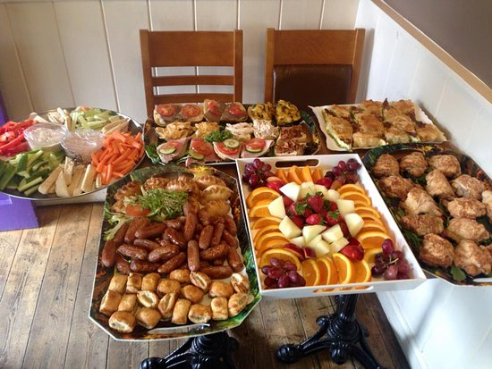 Tavistock, UK: Another 'finger food' Business lunch buffet heading out from Dukes 2 GO