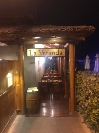 La Veranda: Entrance