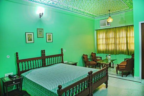Hotel Anuraag Villa: Super Deluxe Studio (Garden View)