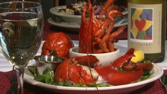 Southwest Harbor, ME: Enjoy our 1 1/2 steamed Lobster!
