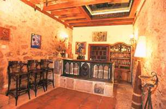 Molinos de Duero, İspanya: Bar