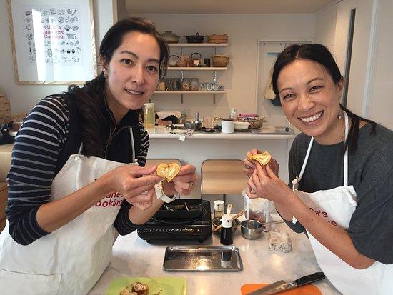 Arakawa, Japan: Cooking is fun and creative!