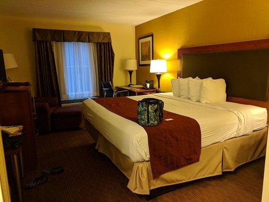 Best Western Indiana Inn: IMG_20171116_164012_large.jpg