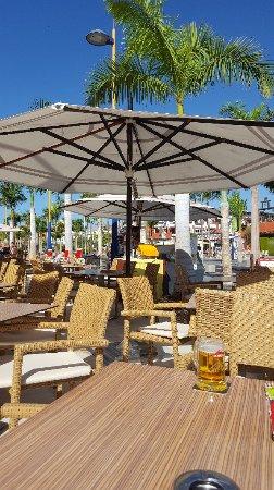 Bier Pinte: Great restaurant and bar