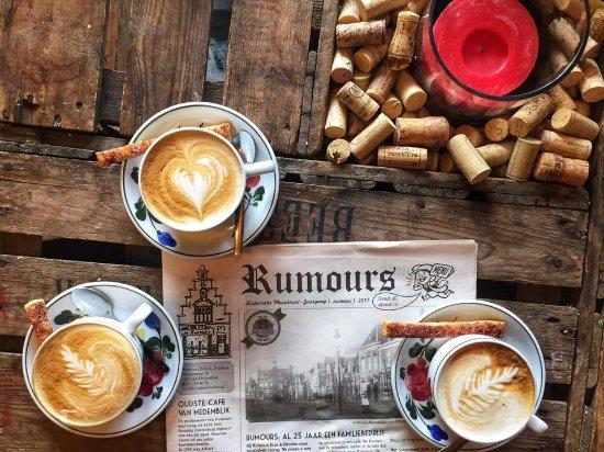 Medemblik, Países Bajos: newspaper