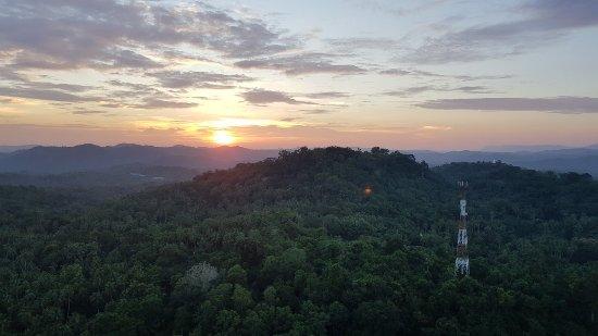 Mulkirigara Kloster: 20171116_174041_large.jpg