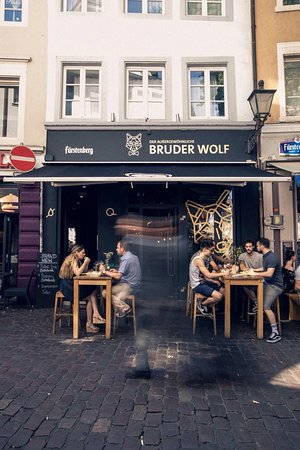 der au ergew hnliche bruder wolf freiburg restaurant bewertungen telefonnummer fotos. Black Bedroom Furniture Sets. Home Design Ideas