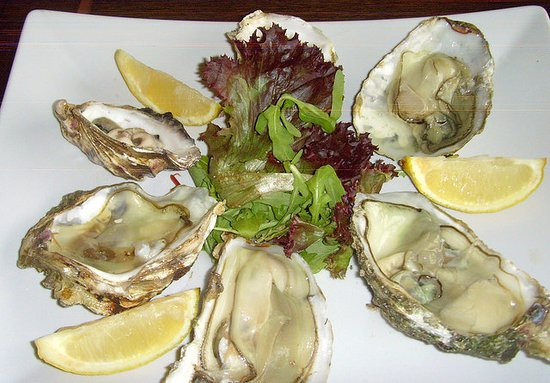 Alderley Edge, UK: oysters