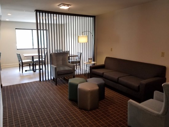 Danville, KY: Lounge