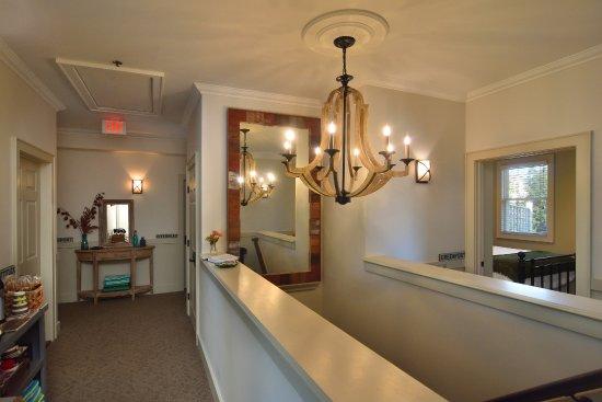 South Jamesport, NY: Main inn upstairs Hallway