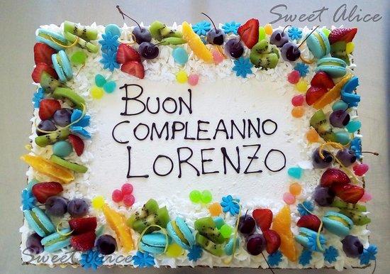 Torta Di Compleanno Alla Crema Di Banana Picture Of Sweet Alice