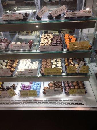 Fredericksburg, VA: Chocolate Display