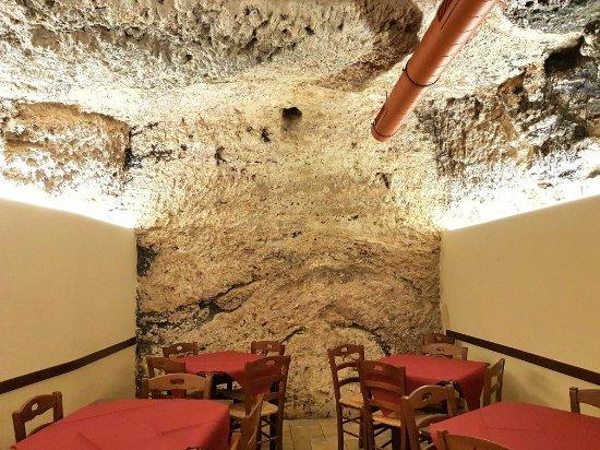 Acquasanta Terme, Italia: La Cantina di Nenè
