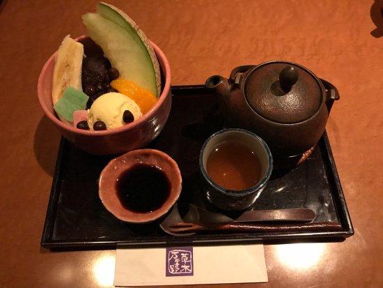 佐野市, 栃木県, びっくりもやし、めちゃくちゃ美味しい!! 生ハムとオニオンのサラダもめちゃ美味しい! あんみつも美味しい! 全部美味しくてびっくりしました。 メニューの種類も豊富なので、また行きたいと思います