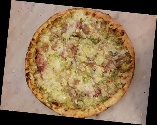 San Giovanni la Punta, Italien: Pizzeria Al lupo nero