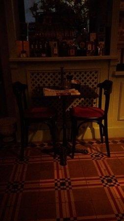 Bossolasco, Italy: Angolo lettura