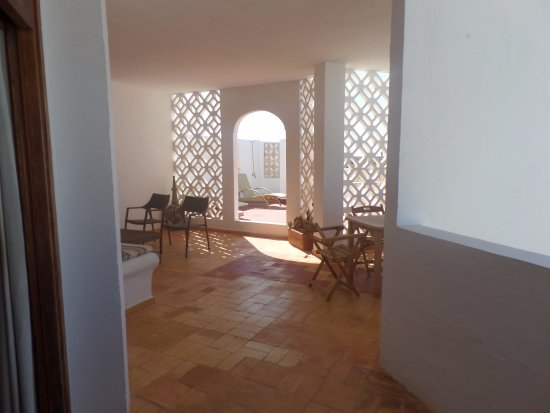 Hotel Tres Torres Photo