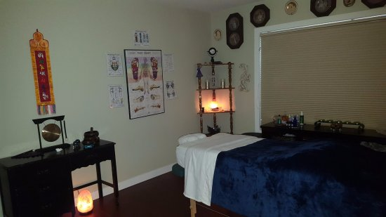 Lethbridge, Канада: Massage Spa Room