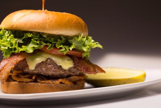 ไทการ์ด, ออริกอน: Delicious BBQ Bacon Burger
