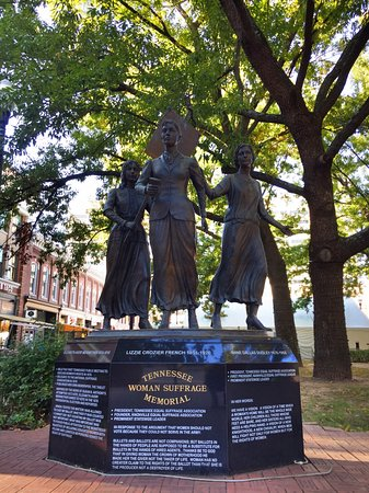 Knoxville, TN: Women's Suffrage Memorial, Market Square.